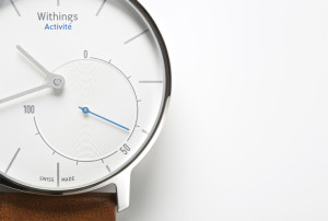 1-withings_activitc3a9_flagship_close-up
