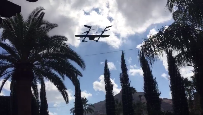 Google's delivery drone gespot!